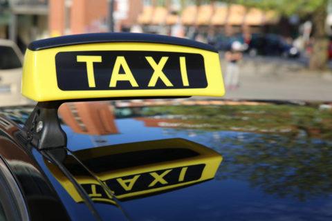 Anreise mit dem Taxi – Andis Skihotel in Obertauern