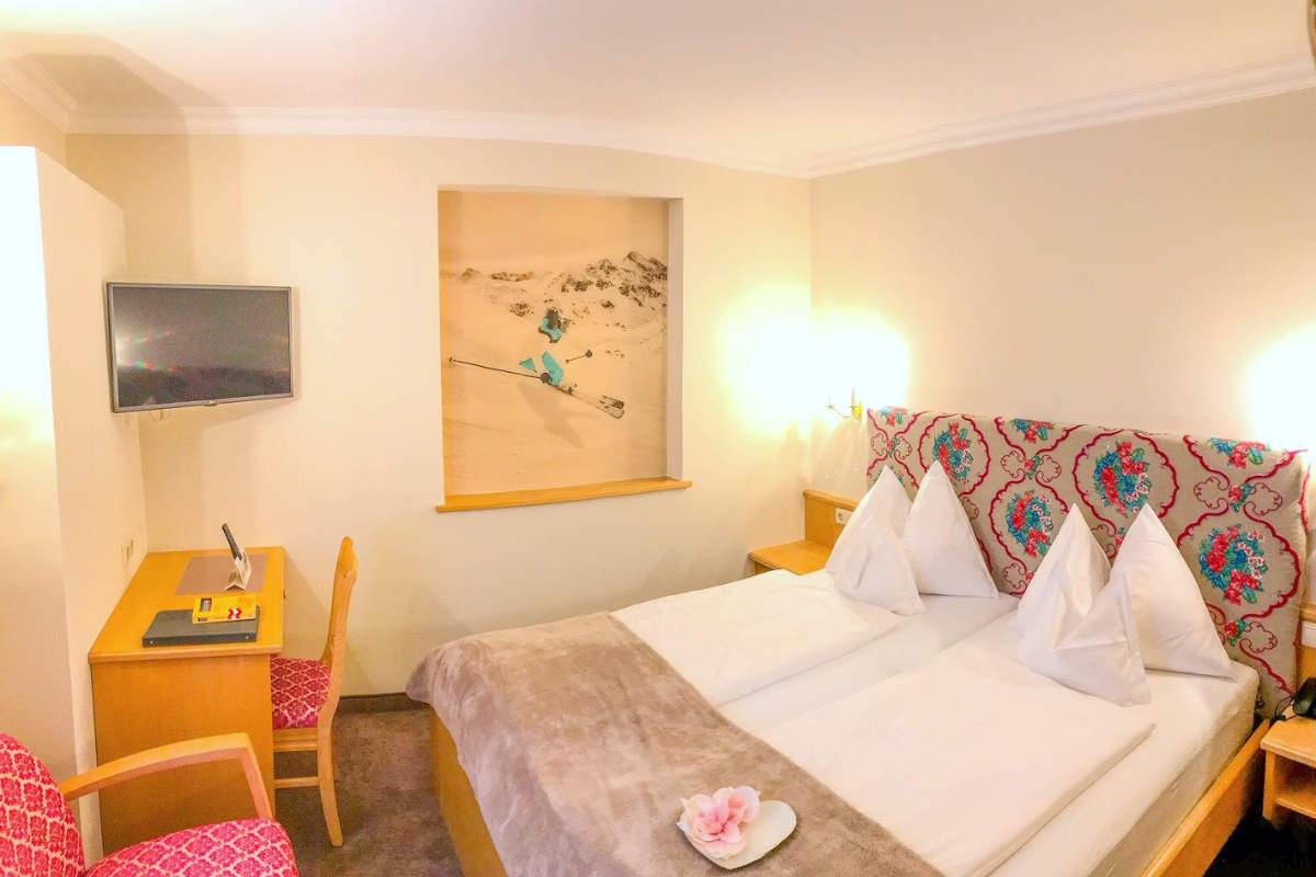 Doppelzimmer Schneerose · Andis Skihotel in Obertauern