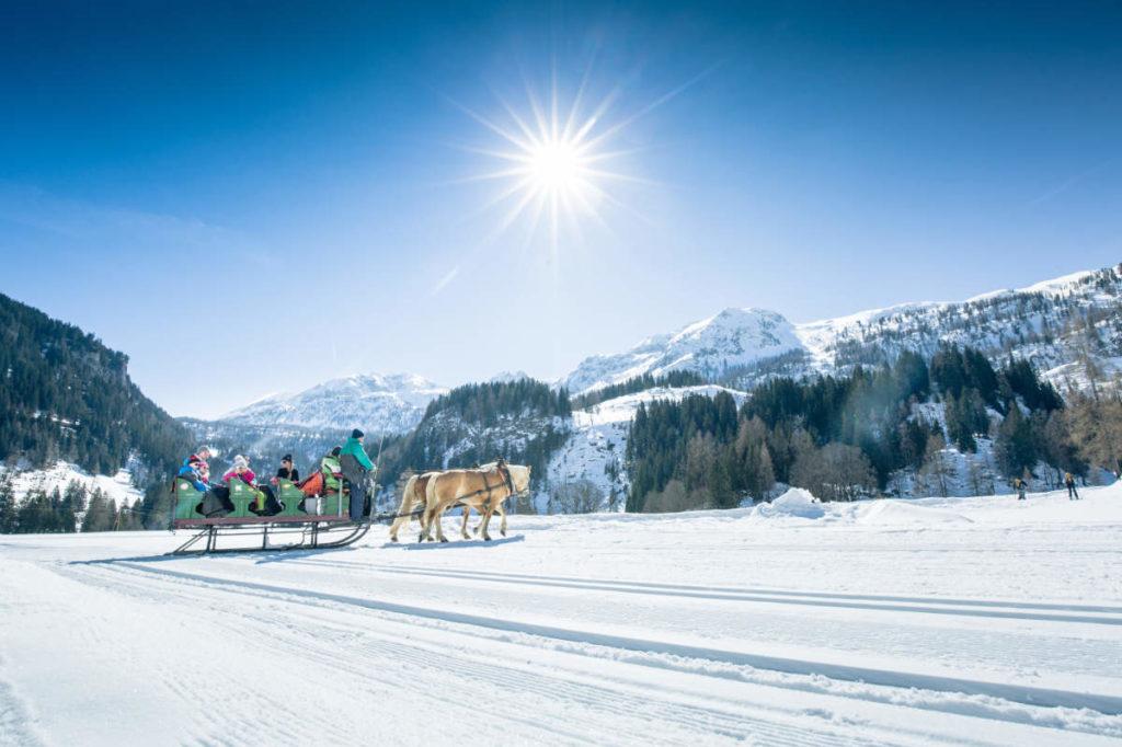 Pferdeschlitten · Winterurlaub in Andi's Skihotel in Obertauern