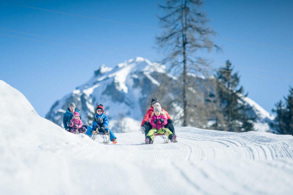 Rodeln · Winterurlaub in Andi's Skihotel in Obertauern