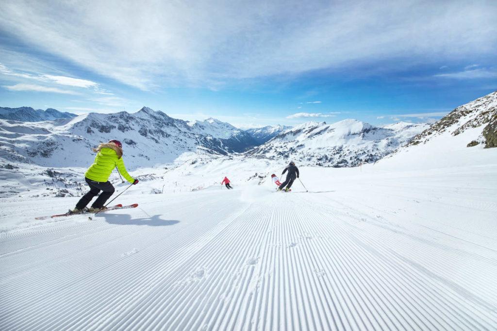 Skifahren · Skiurlaub in Andi's Skihotel in ObertauernGamleiten 2 · Skiurlaub in Andi's Skihotel in Obertauern